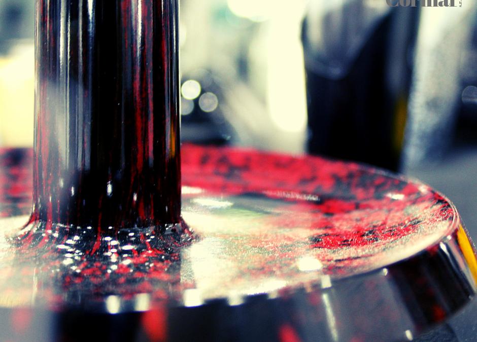 Bakelite: 4 reasons to choose it instead of plastics